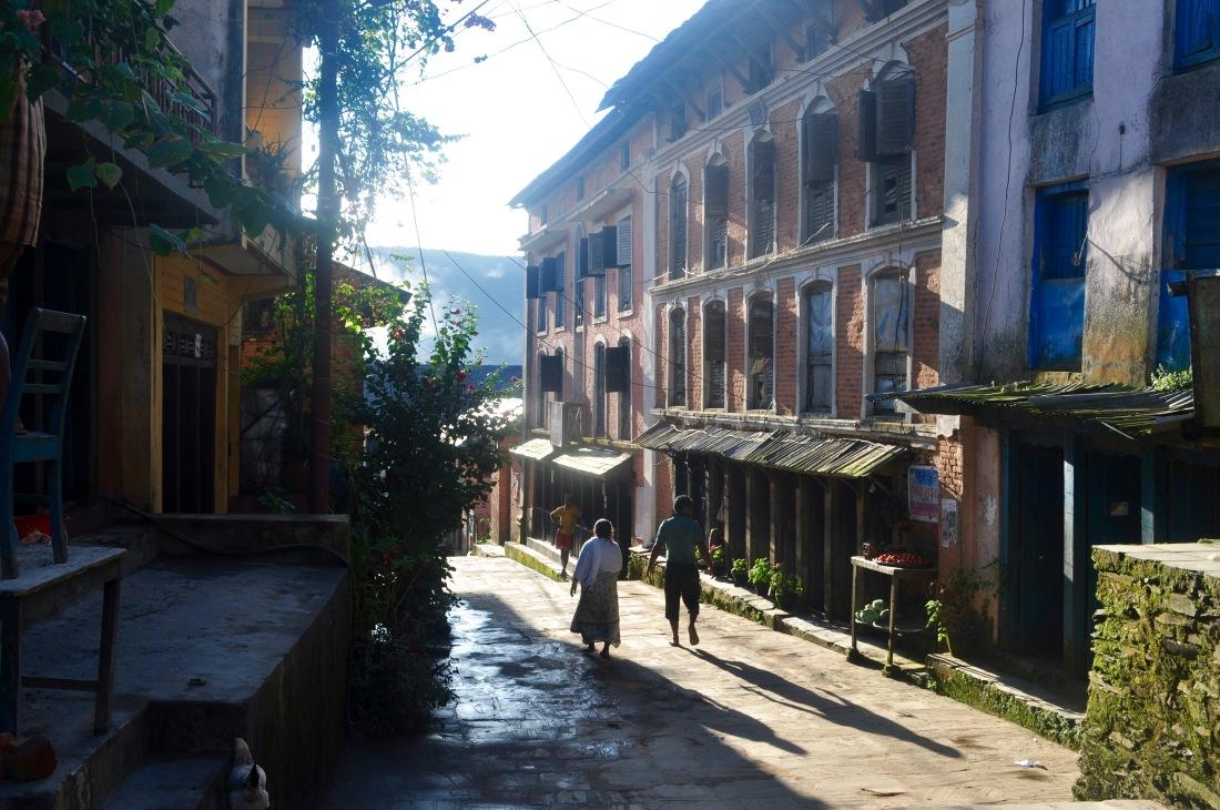 nepal-sept-2016-bandipur-street-1